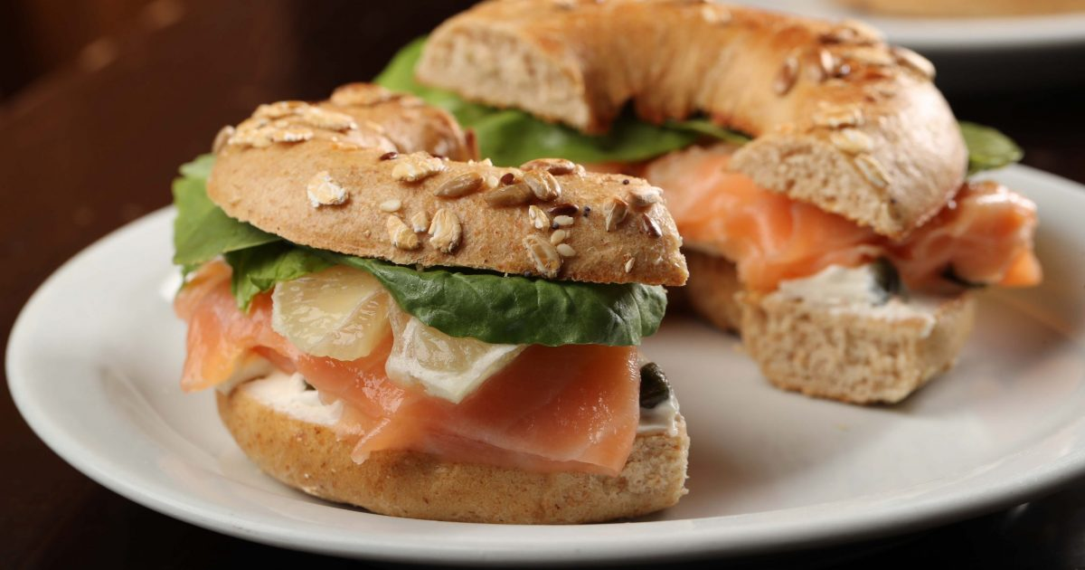 CAFE YOUNES Salmon Bagel
